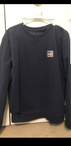 Patagonia mens sweater. Doesnt fit me, best offer for Sale in Pearland, TX