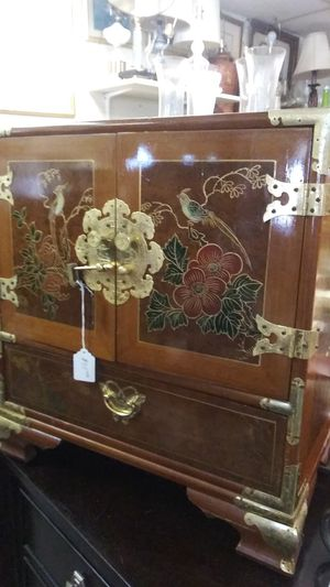 Oriental Mid Century Jewelry Cabinet for Sale in Odenton, MD