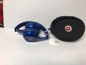 Beats Solo Wireless Blue with case for Sale in Miami Gardens, FL
