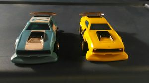 Lionel ho scale slot cars Mach Mustangs hard to find for Sale in Tacoma, WA