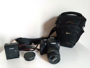 Canon Rebel t5 DSLR - with camera bag for Sale in Camp Hill, PA