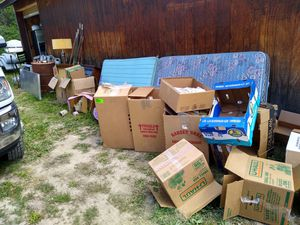 Free moving boxes. Variety of sizes for Sale in Leavenworth, WA