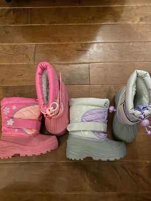 Girls snow boots size 7 for Sale in Philadelphia, PA