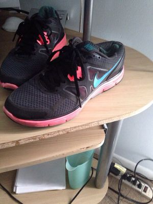 Nike running shoes for Sale in Gaithersburg, MD