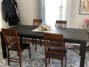 Dining Table for 8 -12 Seats ( Real wood in very good conditions) for Sale in Plainfield, NJ