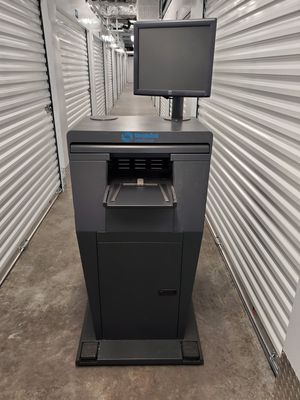 Dell kiosk ship station with 17 inch dell monitor, vented IT cabinet power strip for Sale in Fort Lauderdale, FL