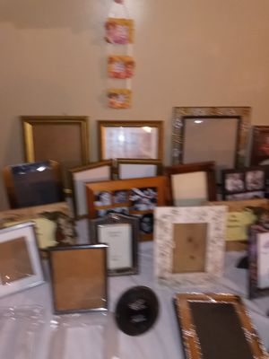 Pictures frames for family pictures for Sale in Hawthorne, CA