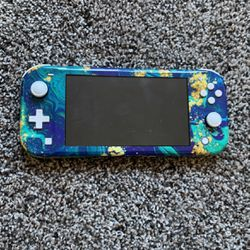 Nintendo Switch Lite for Sale in Salem,  OR