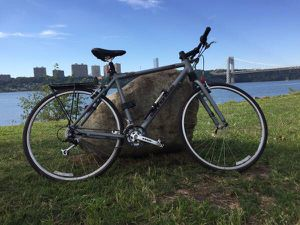 2000 Cannondale Silk Path Hybrid Bike in Silver for Sale in Brooklyn, NY