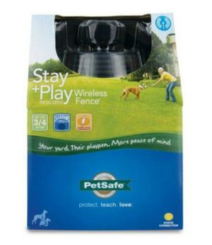 Pet Safe Stay + Play Wireless Fence Trainer (Perimeter Boundary) for Sale in Plano, TX