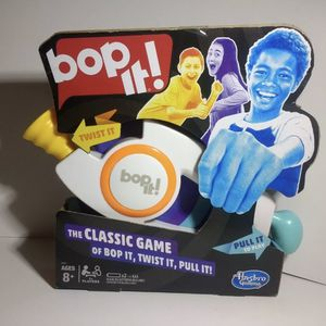 BOP IT! HASBRO GAMING THE CLASSIC GAME OF BOP IT TWIST IT PULL IT AGES 8+ for Sale in San Diego, CA