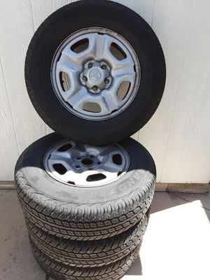 215 70r15 tires(4) for Sale in Chula Vista, CA