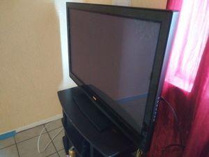 Vizio t.v. 42inch HDTV 1080P for Sale in Compton, CA