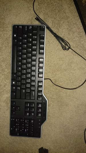 Dell Smart Card Keyboard Brand New only used for 2 minutes for Sale in Dothan, AL