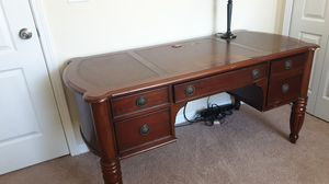 Office Desk for Sale in Mulberry, FL