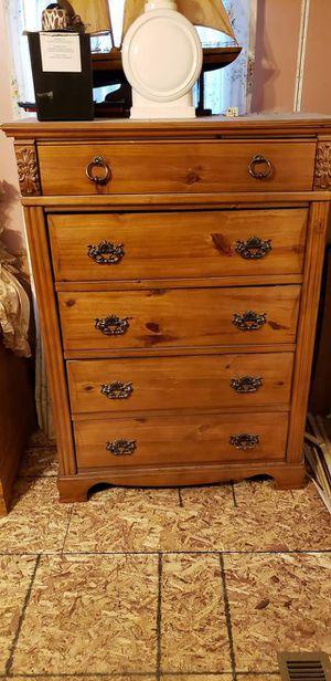 OAK BEDROOM SET for Sale in Wichita, KS