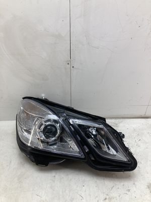 Fits 2010-2013 Mercedes Benz e class e350 e550 right passenger headlight lamp for Sale in Pomona, CA