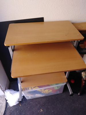 Small desk with pull out laptop shelf for Sale in Henderson, NV