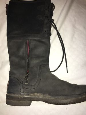 Ugg rain boots size 7,5 for Sale in Pleasant Hill, CA