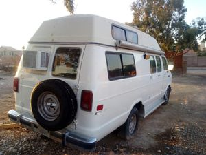 1991 camper van 250 5.9 engine for Sale in Las Vegas, NV