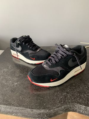 Nike Air Max 1 Mini Swoosh Bred Men Size 9.5 Black Oil Grey Red SEE ALL PICTURES for Sale in Garrison, MD