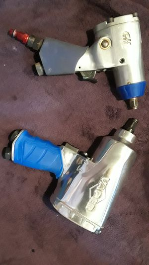 Vapor Pheumatic & Cambell Hausfeld air torqe impact wrench. for Sale in Columbus, OH
