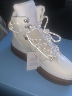 Beyonces IvyParkXAdidas Sleek Boots for Sale in Inglewood,  CA