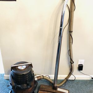 Rainbow Vacuum for Sale in St. Louis, MO
