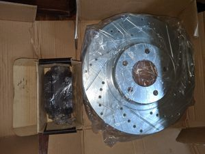 Dodge Durango front wheel bearing w/abs for Sale in Fall River, MA