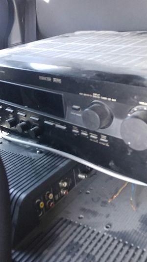 Yamaha receiver & speakers for Sale in Riverside, CA