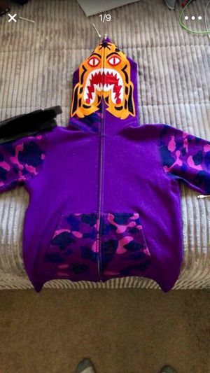 Tiger bape size M need gone ASAP for Sale in Denver, CO