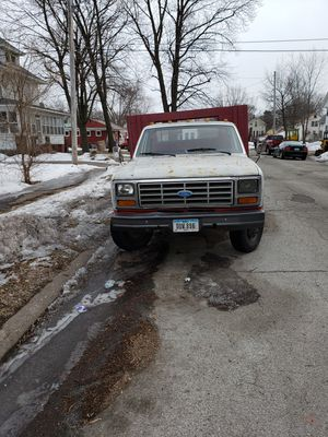 Dump Truck1984 F350 needs attention for Sale in Davenport, IA