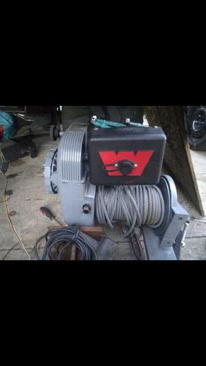 Warn Industries Model 8274 Winch for Sale in Pomona, CA