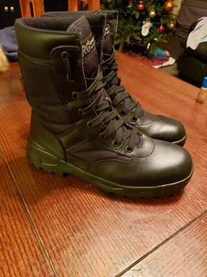 Work boots size 10 soft toe like new condition asking $25 firm for Sale in Modesto, CA