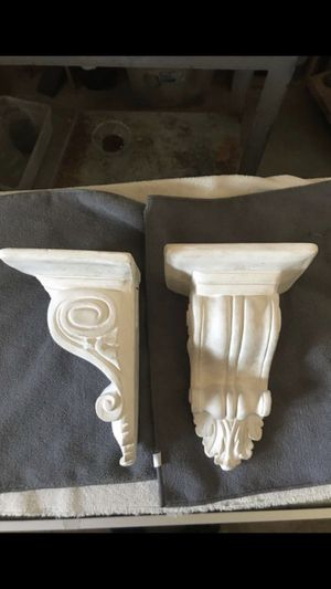 Wall decor shelves for Sale in La Habra Heights, CA
