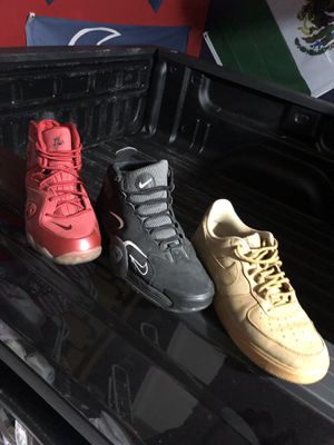 Nike lot shoe pack for Sale in Houston, TX