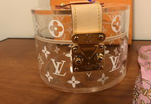 Louis Vuitton Box Scott for Sale in Indianapolis, IN