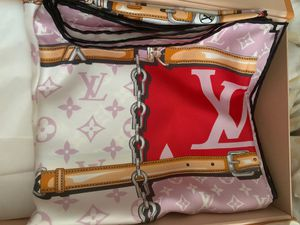 Louis Vuitton Monogram Giant Scarf for Sale in Chino, CA