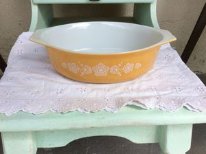 Pyrex Butterfly Gold Oval Casserole Dish for Sale in Tampa, FL