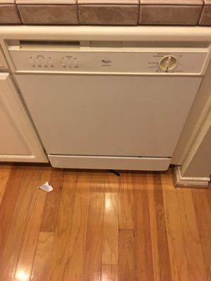 Whirlpool Dishwasher / Wall Microwave For Sale! for Sale in Houston, TX