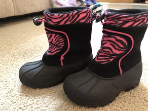 Snow boots. Size 9, Girls for Sale in Glenview, IL
