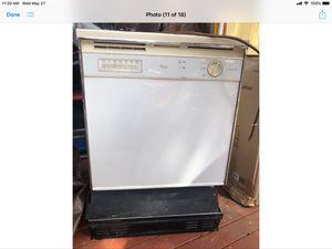 Whirlpool Dishwasher for Sale in Renton, WA