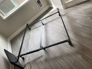 King/Queen/Full bed frame (adjustable) for Sale in Vancouver, WA