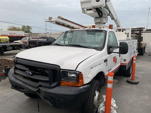 Ford F-450 line truck for Sale in Azusa, CA