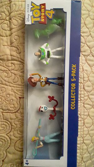 TOY STORY 4 FIGURES NEW TOYS $15 ✔✔✔PRICE IS FIRM✔✔✔ for Sale in Huntington Park, CA