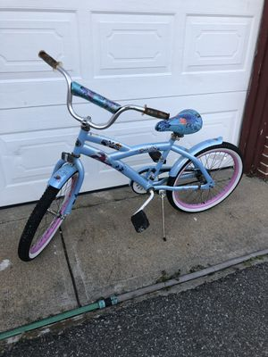 Girls Kent Bike for Sale in Barrington, RI