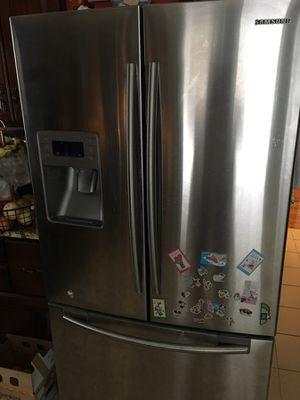 Samsung refrigerator for Sale in Rockville, MD