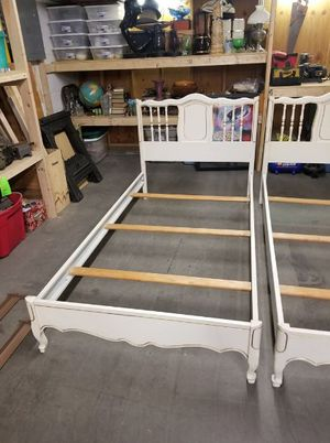 White Hollywood Regency Rococo Style Twin Bed Frame (1 of 2) for Sale in Syracuse, NY