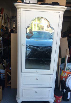 Armoire w/mirror for Sale in Murrieta, CA