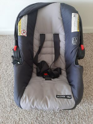 Infant car seat for Sale in Aurora, IL